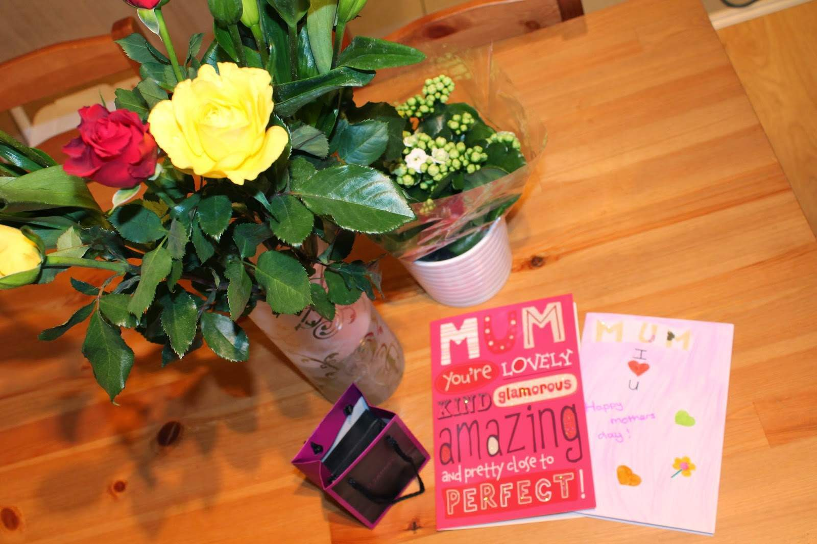 Mother's day flowers and cards